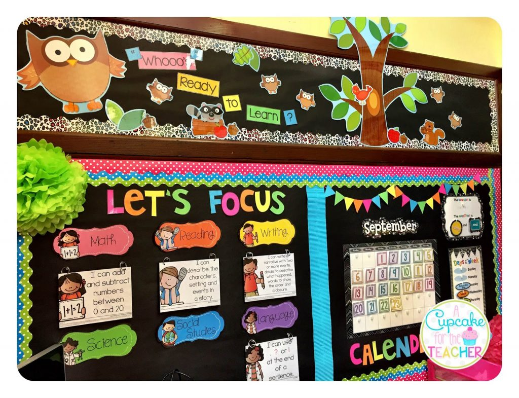 Layer Borders for a Bright and Colorful Bulletin Board Display