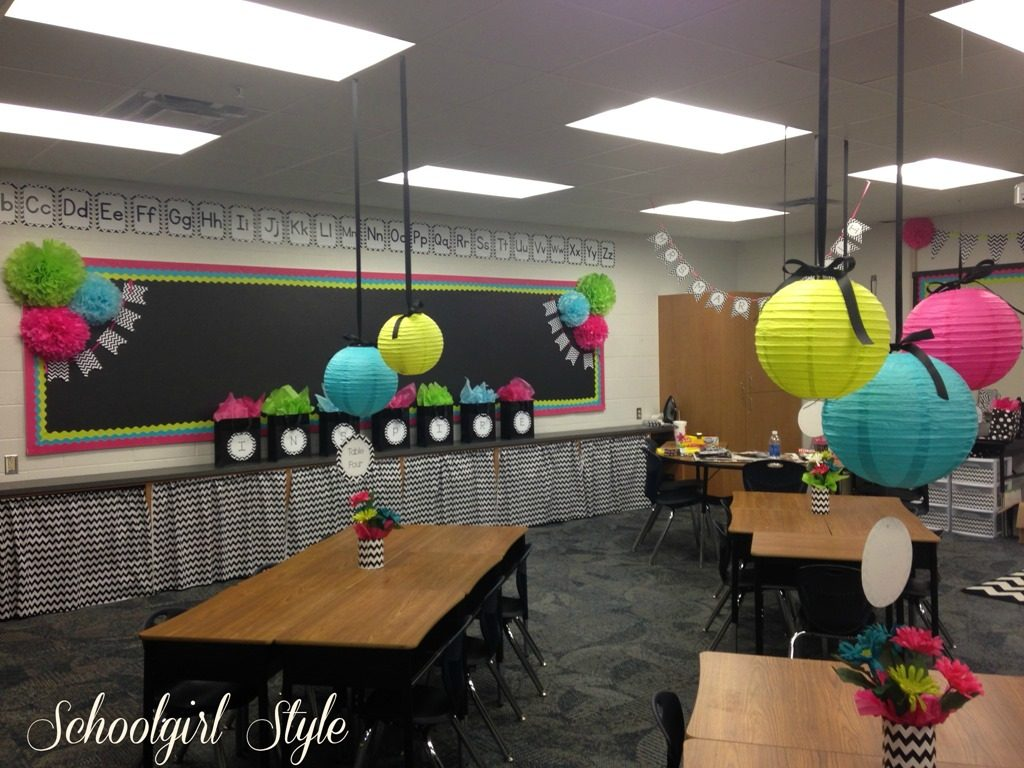 A Classroom Makeover from Schoolgirl Style