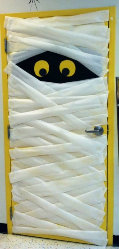 Mummy Door Decor